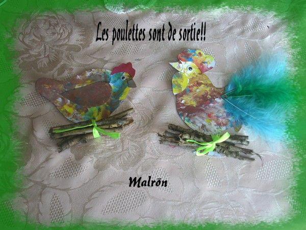 Mr coq et Madame poupoule se balladent